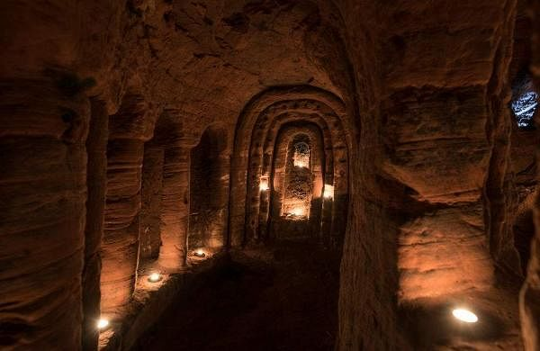 rabbit-hole-700-year-old-secret-knights-templar-cave-network-8-58c006f4a30df__880