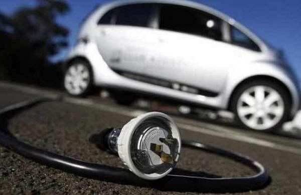 453443-electric-cars-reuters