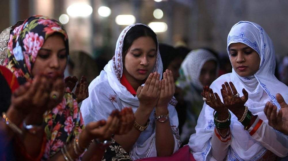Muslim-women-fight-to-overturn-triple-talaq-in-India