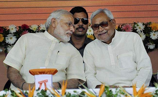pm-modi-nitish-kumar-smiling_650x400_41437814632