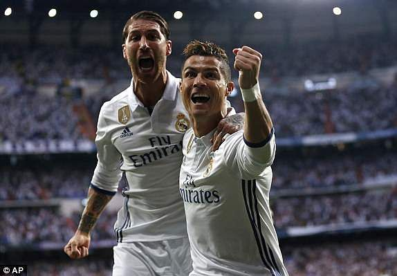 1493752212873_lc_galleryImage_Real_Madrid_s_Cristiano_R