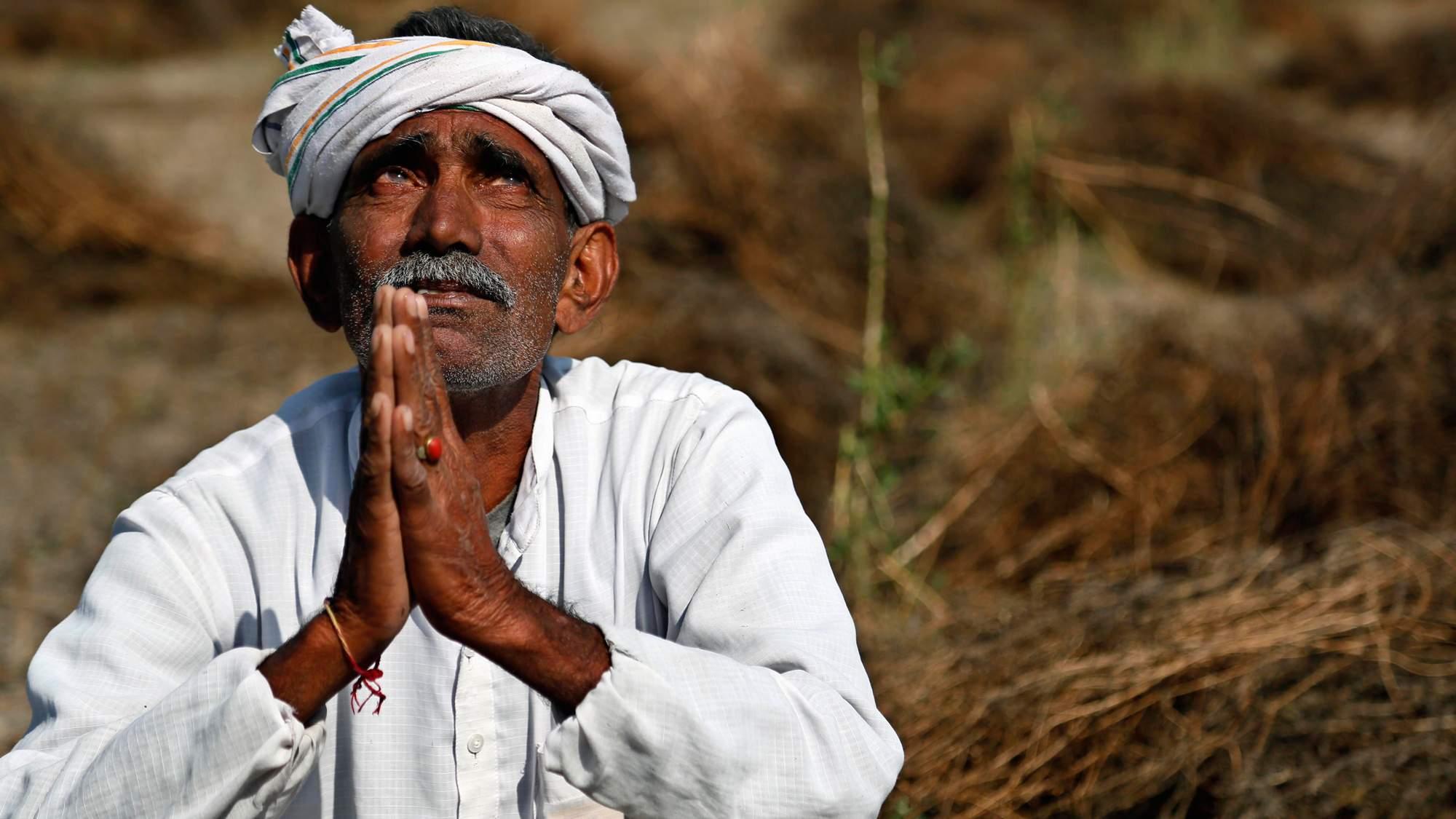 Indian-farmer_AP