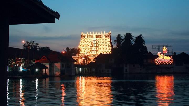 sree_padmanabhaswamy_temple_thiruvananthapuram20131031115717_13_1