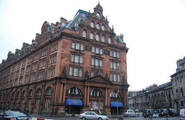Caledonian-Hotel