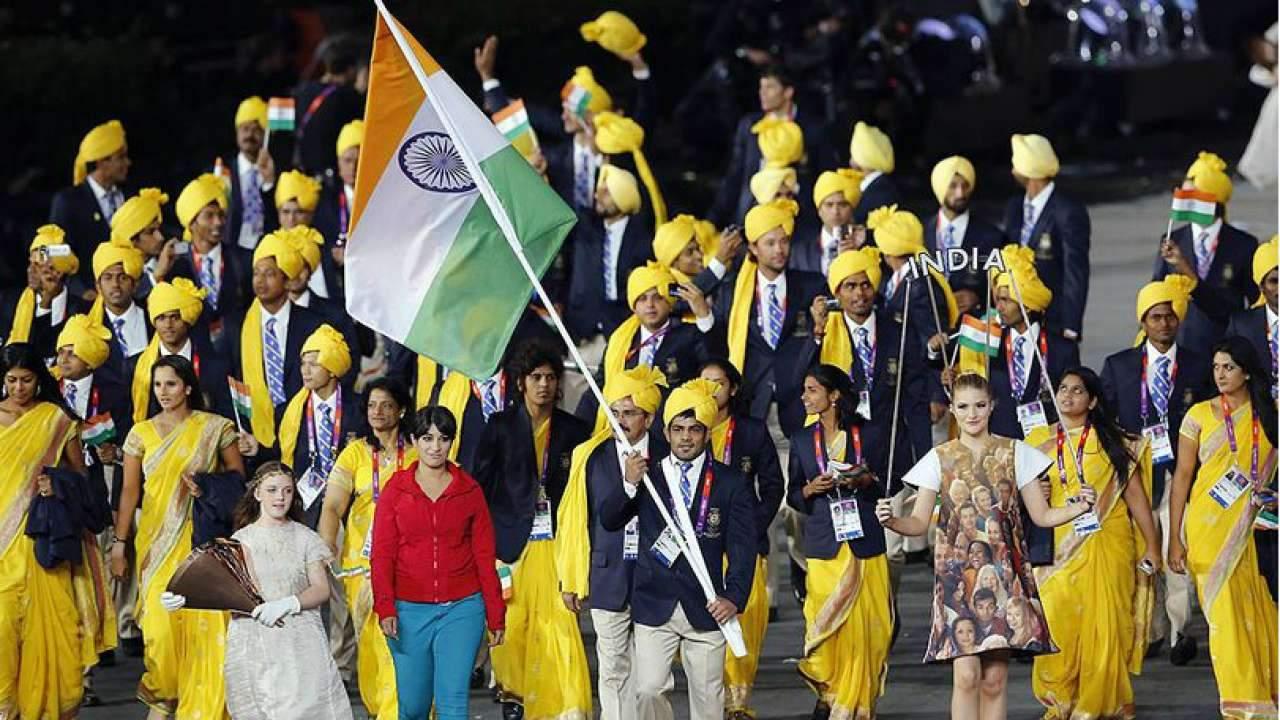 653431-indian-women