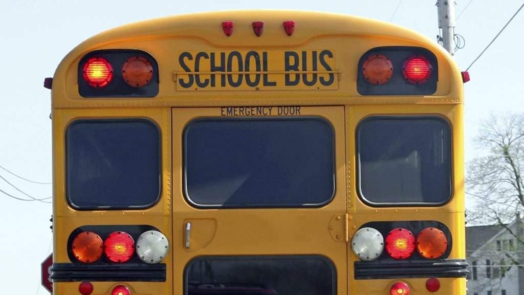 school-bus-lights-e1503241781407