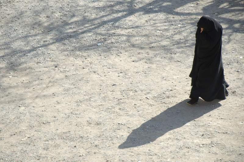 woman-burqajhk