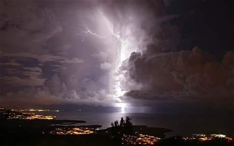 potd-lightning_2805473c