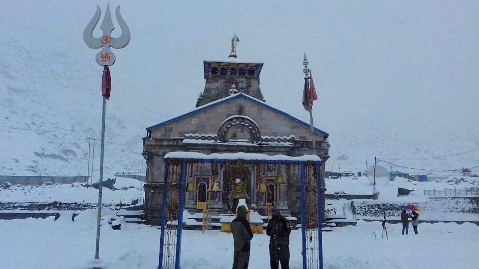 snowfall-at-kedarnath