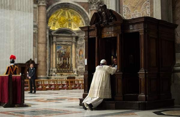 Vatican-Popes-Confes