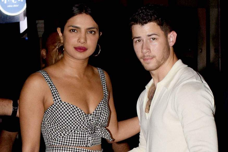 Priyanka-Chopra-and-Nick-Jonas