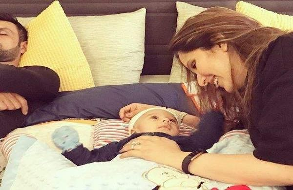 Sania-Mirza-with-son-