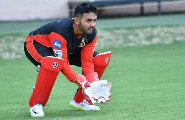 Parthiv-Patel-in-action-Image-RCB