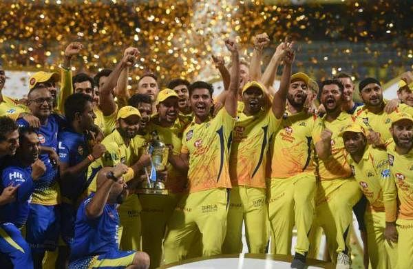 Chennai-Super-Kings-CSK-lift-the-2018-Indian-Premier-League-IPL-trophy-Image-PTI-770x433