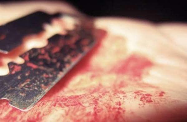 Bloody-Razor-Blade-1
