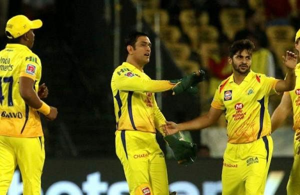 CSK-MS-Dhoni-talks-to-players-190512-IPL1050580