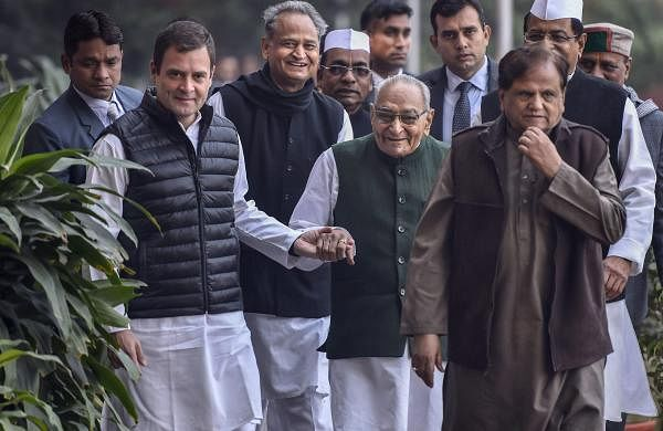Congress leader Motilal Vora passes away