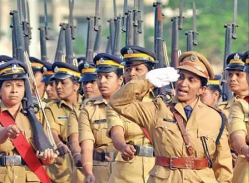 police should salute the government doctors