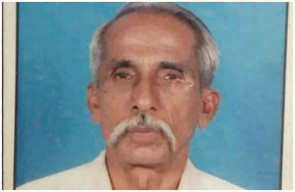 Seventy-year-old farmer committed suicide at the panchayat office.