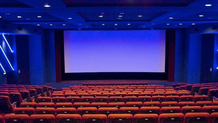movietheater-screen-seats