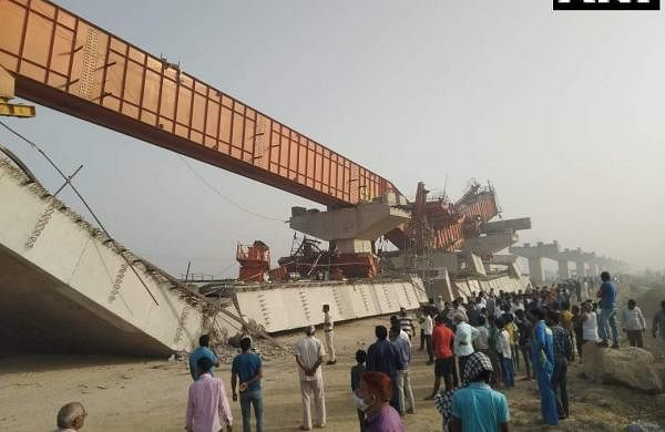 under-construction flyover collapses