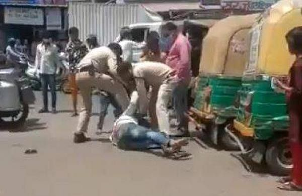 Man Beaten Mercilessly By Cops