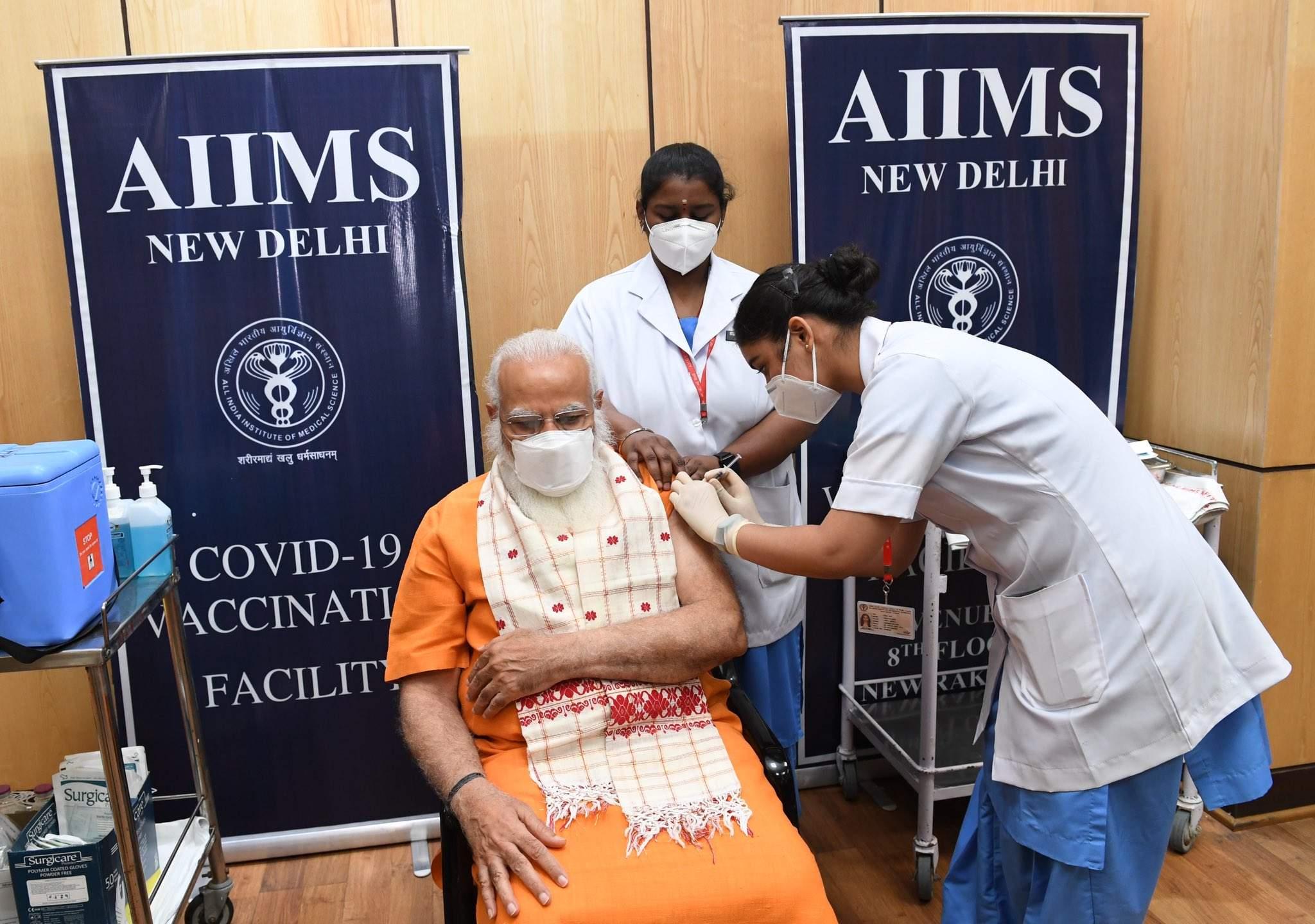 modi_receives_covid_vaccine