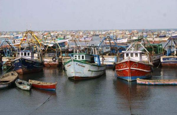 fishing boat missing in beypore