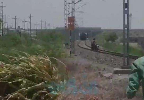 TRAIN ACCIDENT IN INDIA