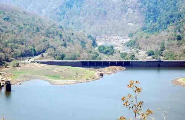 Peringalkuth dam