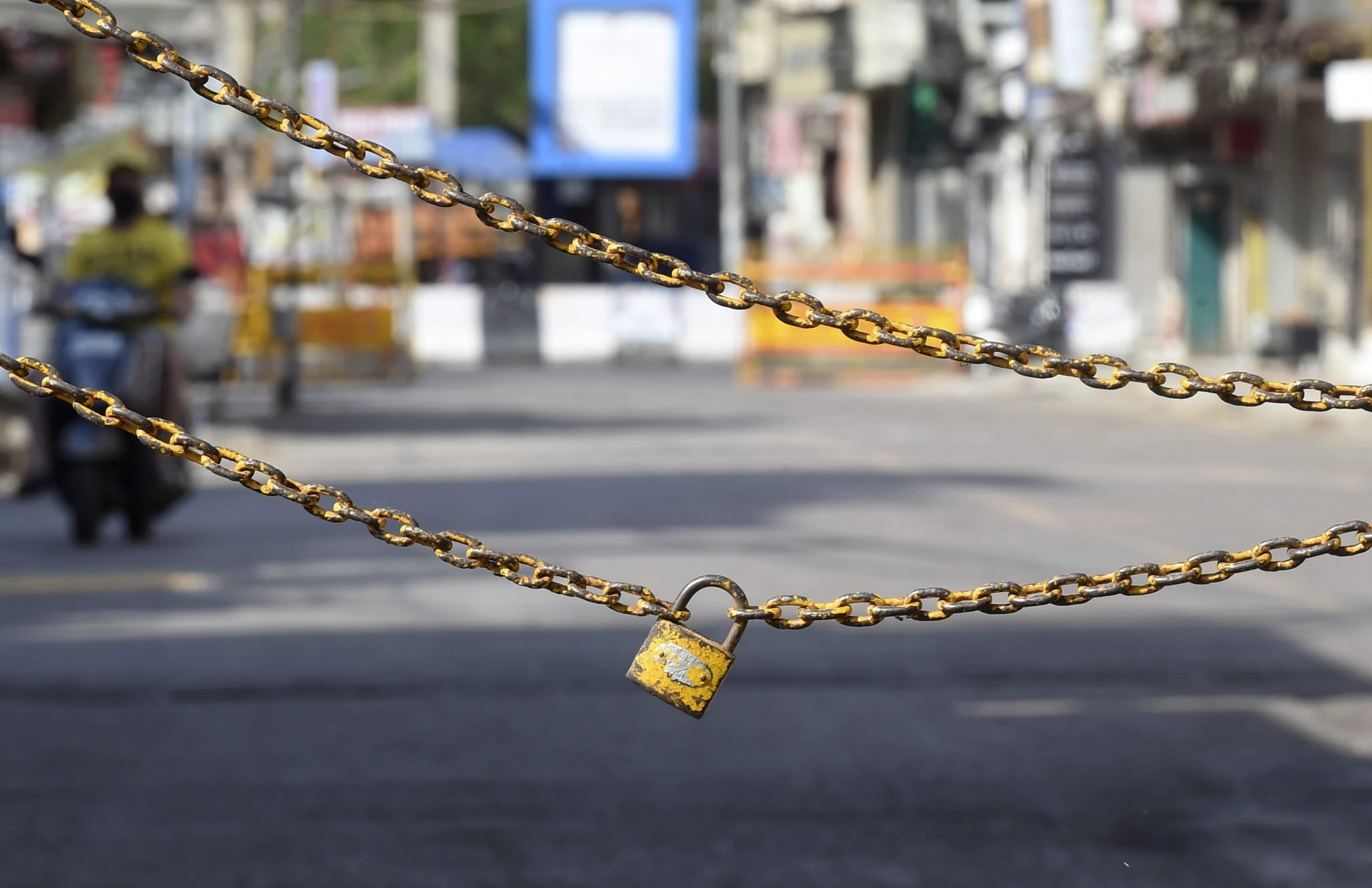 Lockdown extended in Karnataka;
