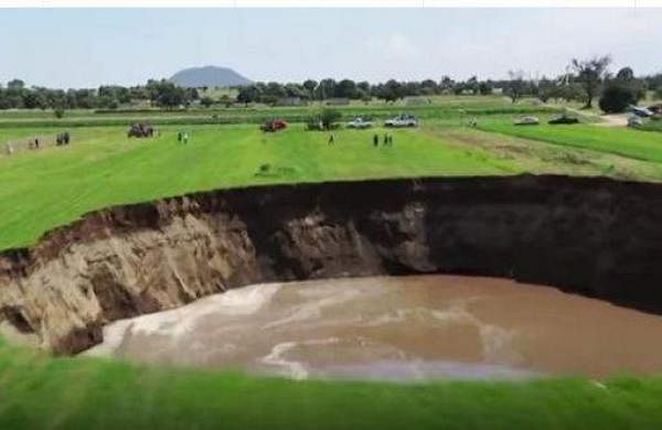 a massive hole opened up in mexico