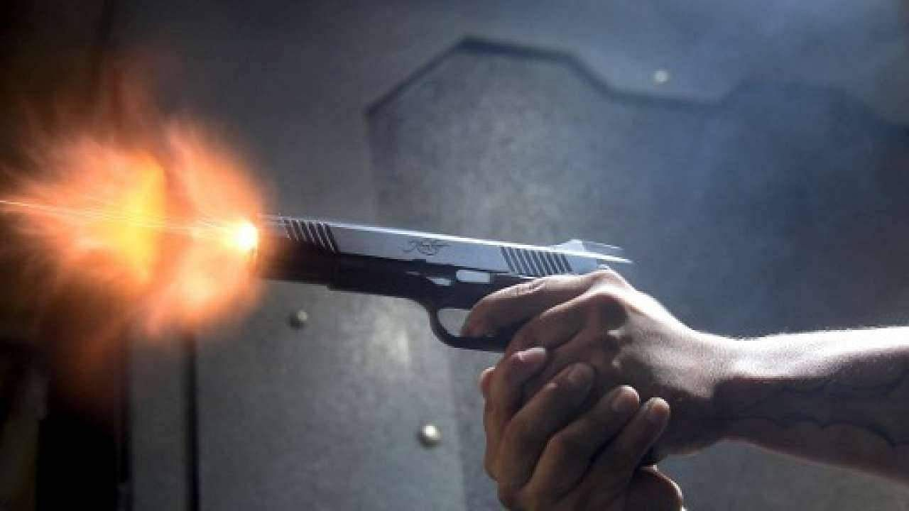 Two persons who went hunting in Idukki were shot