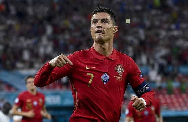 Cristiano Ronaldo wins Golden Boot