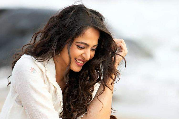 Anushka shetty completes 16 years in movies