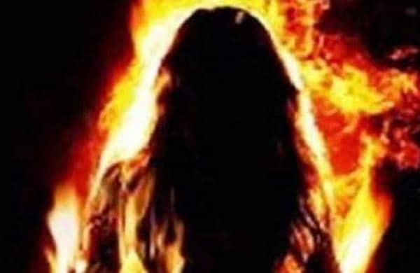 Attempt to set fire to woman in Thiruvananthapuram